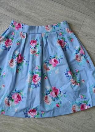 Трендовая мини-юбка stradivarius