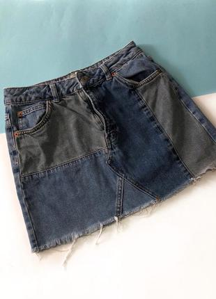 Дужее крута джинсова спідничка