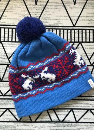 Стильная зимняя шапка с помпоном