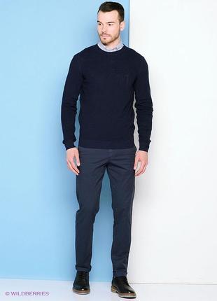 Идеальный и теплый итальянский свитер 95% шерсть trussardi