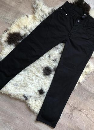 Новые прямые джинсы h&m