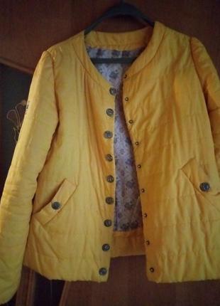 Курточка, ветровка, желтая