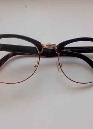 ... Модні іміджеві окуляри з прозорими скельцями3 69882b906ed6b