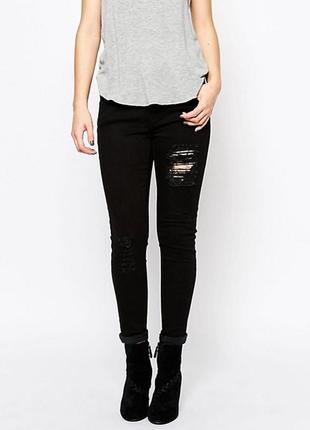 Черные джинсы скинни gestuz размер 27