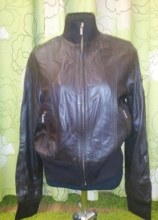 Распродажа! кожаная куртка, рр48