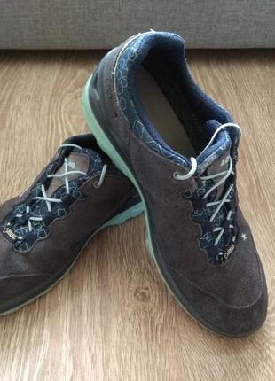 Женские кроссовки lowa 39 размер