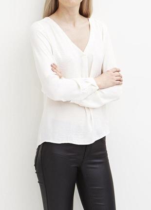 Блуза цвета айвори от vila
