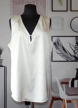 Блуза перламутрового цвета