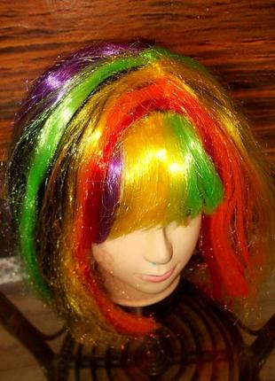 Парик маскарадный многоцветный - яркий, эффектный