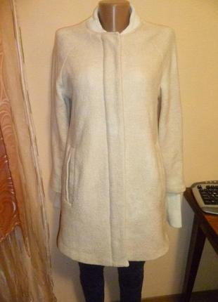 Шерстяное пальто от zara с дефектом