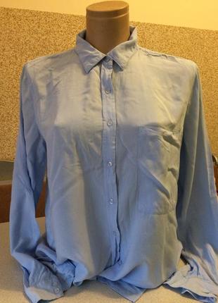 Нежная рубашка пог 51 ,5 см ,дл. по спинке 72 .дл. рукава 60 см вискоза
