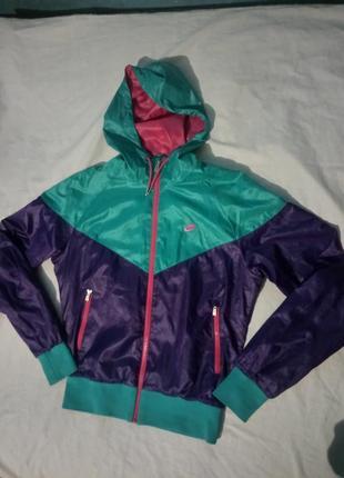 Куртка вітровка,куртка для бігу nike