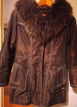 Зимова куртка з натуральним хутром єнота та підкладкою з натурального кролика