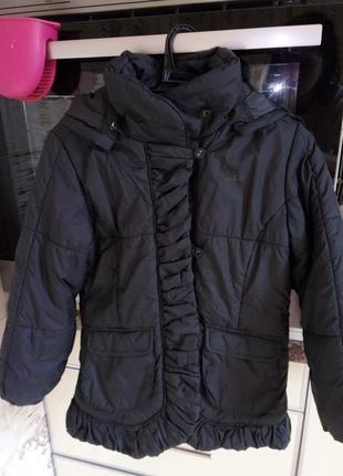 Фирменная куртка mexx 5-6лет