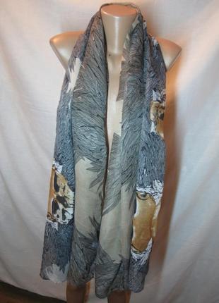Большой широкий шарф палантин из легкой ткани с черепом