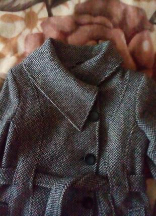 Продам осеннеее пальто