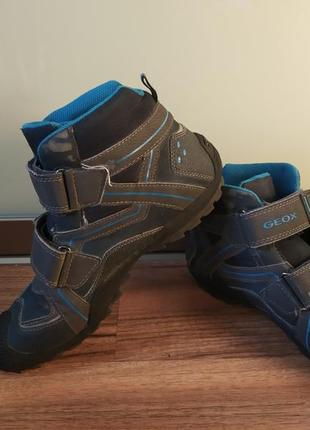 Ботинки демисезонные р. 39 ф-ма geox