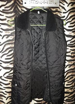 Жилетка жилет верхняя одежда черная аля куртка