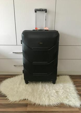 Акция! большой чемодан на 23 кг wings! польша