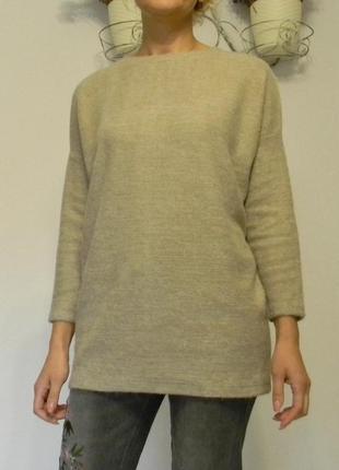Пушистый длинный теплый свитер италия