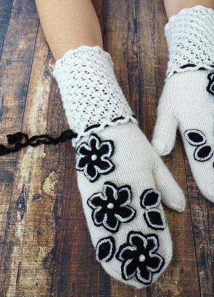 Теплые модные варежки из альпаки дизайнерская работа
