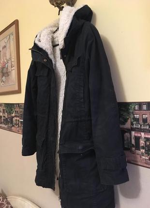 Куртка colin's в идеальном состоянии,парка с мехом