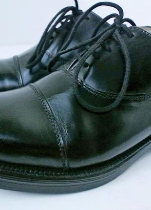 Стильные кожаные классические туфли scimitar. размер 5/38