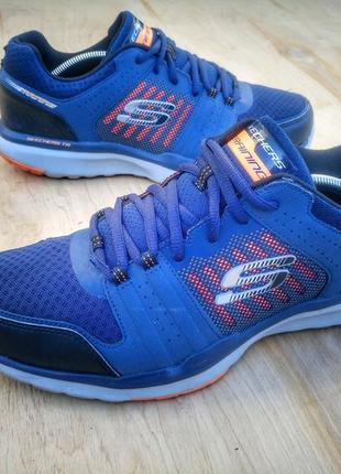 Кожаные кроссовки skechers sport training sneaker