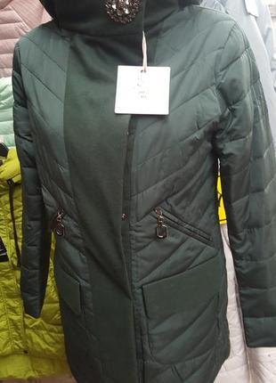Демисезонная куртка с капюшоном.зеленая.синяя.