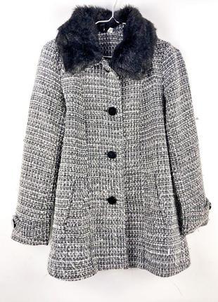 Стильное зимнее укороченное пальто divided