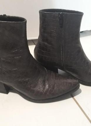 Кожаные демисезонные ботинки vagabond