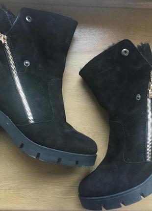 Замшевые ботинки foletti