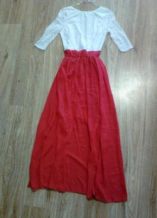 Нарядне шикарне святкове плаття