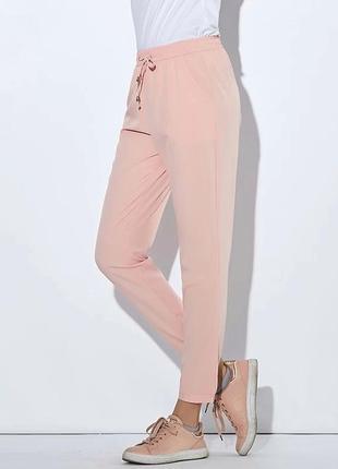 Штаны спортивные легкие летние джоггеры шифоновые светло-розовые