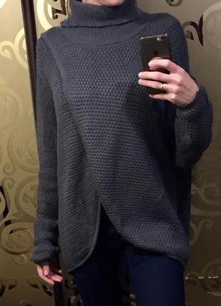 Качественный теплый и стильный свитер под горло