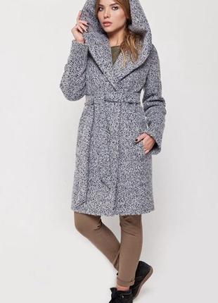 Пальто зима с капюшоном 48-50 рр