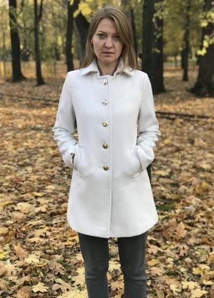 Пальто kira plastinina белое