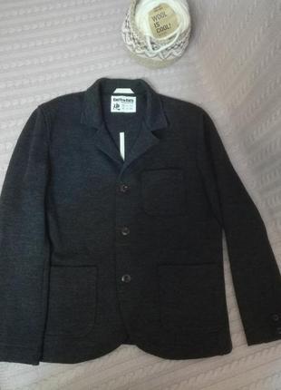 Шикарный шерстяной (100% pure new wool) пиджак жакет пальто для дорогого мужчины, р.l