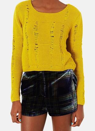 Трендовый рваный укороченный вязаный свитер-кроп горчично-оливковый s-m