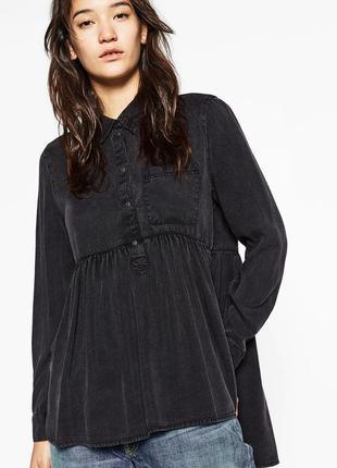 Стильна рубашка блузка , з рюшою zara