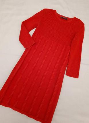 Теплое платье с косами для девочки
