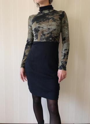 Платье миди по фигуре гольф