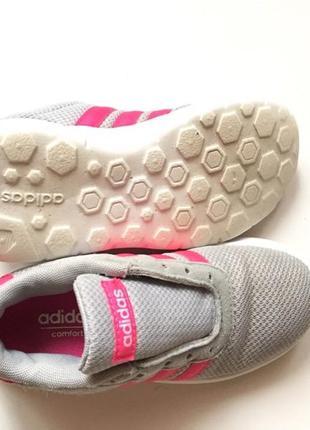 Детские кроссовки от известного бренда adidas