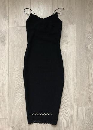 Чорна сукня cameo rose.