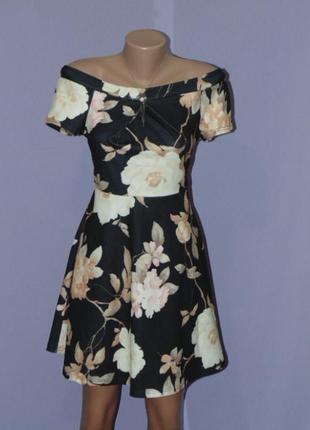Красивое платье в цветочный принт 12 размера