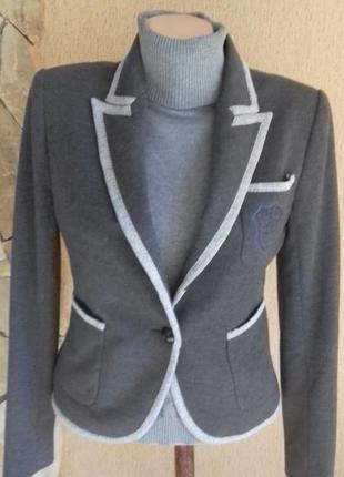 Трикотажный жакет пиджак короткий приталенный zara