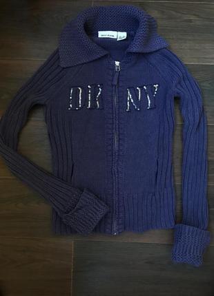 Тёплый свитер на змейке dkny