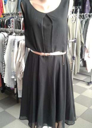 Нежное нарядное шифоновое платье