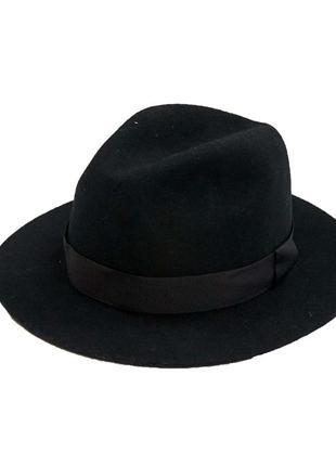 Стильная классическая круглая черная шляпа atm