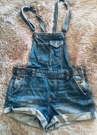 «джинсовый комбинезон»